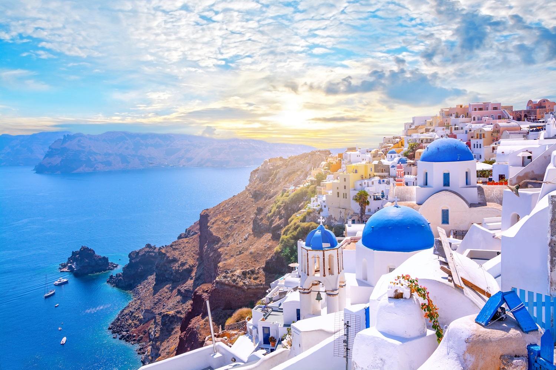 Private Santorini Tour: Caldera-Akrotiri and Oia Village ...